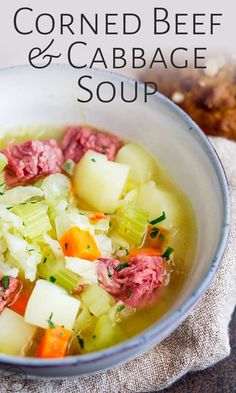 This Easy Corned Beef and Cabbage soup makes the perfect St Patrick's day dinner. This traditional Irish meal is pue comfort food. Beef Soup Recipes, Corned Beef Recipes, Cabbage Soup Recipes, Healthy Soup Recipes, Diet Recipes, Juice Recipes, Chili Recipes, Dessert Recipes, Beef
