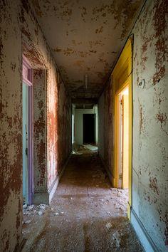 Abandoned Buildings. (The Waldo Hotel. Clarksburg, West Virginia.)