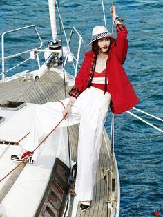 Jo Hayan by Kim Youngjun for Vogue Korea June 2013 Boat Fashion, Nautical Fashion, Nautical Style, Fashion Fashion, Vogue Korea, Holiday Fashion, Holiday Outfits, Nautical Stripes, Editorial Fashion