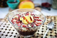 DIY #acai bowl, packed with #SuperFoods! Super Mango Pineapple Acai Bowl #Recipe