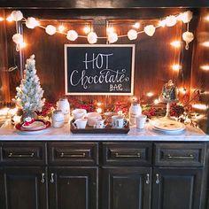 My hot chocolate bar! Hot Chocolate Brownies, Spiked Hot Chocolate, Salted Caramel Hot Chocolate, Christmas Hot Chocolate, Frozen Hot Chocolate, Christmas Coffee, Hot Chocolate Bar Wedding, Christmas Room, Family Christmas