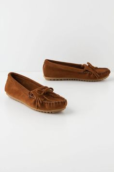 Minnetonka Moccasins, Fringe - Definitely going to have to get some this Fall! they would be perfect for yoga!