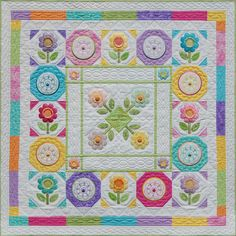 flowers, medallion, layout, superb quilting, just lovely