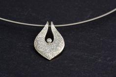 Silke Borowks: Diamantanhänger - Mokumegane Art http://www.mokumeganeart.eu