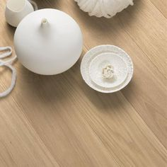 Eik Andante, Live Pure lakk, 2-sidig fas, børstet, 14mm Plank 138mm, 14x138x2200mm Click Flooring, Wood Parquet, Installation Instructions, Attic, Plank, Candle Holders, Pure Products, Live, Lofts