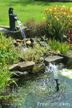 garden water features | Garden Water Feature pictures, free use image, 12-03-51 by FreeFoto ...