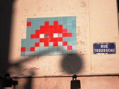 Space Invader Rue Trousseau (75012)