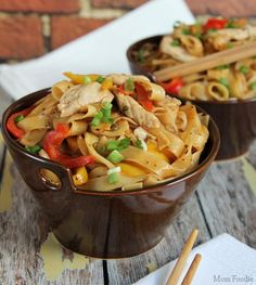 Asian Noodles with Chicken and Vegetables #McCormickSkilletSauce