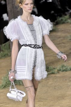 Chanel at Paris Spring 2010 (Details)