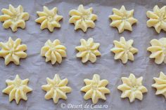 fursecuri spritate reteta in imagini Romanian Desserts, Silicone Chocolate Molds, Tea Pot Set, Something Sweet, Christmas Baking, Biscotti, Deserts, Food And Drink, Cooking Recipes