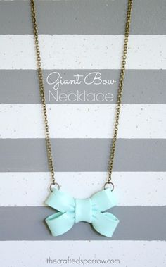 DIY Projects for Teenagers - Giant Bow Necklace - Cool Teen Crafts Ideas for Bedroom Decor, Gifts, Clothes and Fun Room Organization. Summer and Awesome School Stuff http://diyjoy.com/cool-diy-projects-for-teenagers