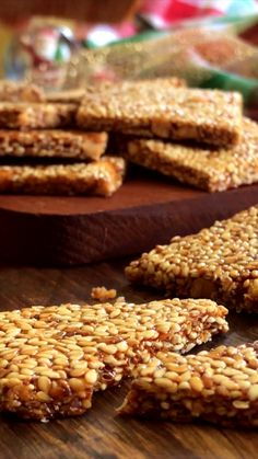 Crispy Sesame and Almond Nougat , Gourmet Recipes, Mexican Food Recipes, Sweet Recipes, Cookie Recipes, Snack Recipes, Desserts Keto, Snacks Saludables, Summer Dessert Recipes, Tasty Videos