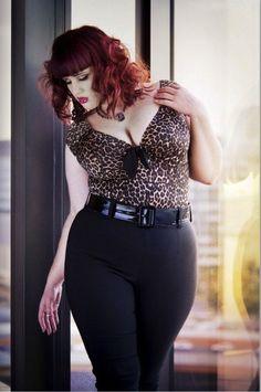 Teer Wayde Curvy Fashion, Look Fashion, Girl Fashion, Fashion Beauty, Plus Size Fashion For Women, Plus Size Women, Pin Up, Femmes Les Plus Sexy, Mode Plus