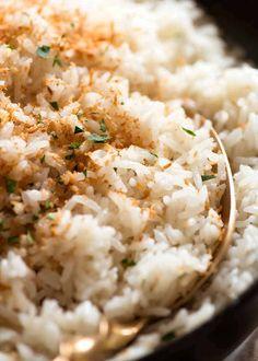 Coconut Rice (fluffy, not gluey! Cocnut Rice, Thai Coconut Rice, Canned Coconut Milk, Thai Rice, Indian Food Recipes, Asian Recipes, Ethnic Recipes, Japanese Recipes, Asian Foods