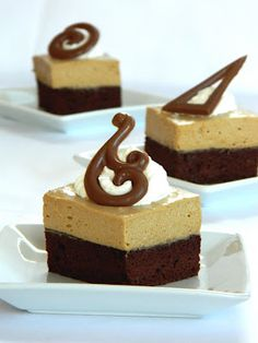 Romanian Food, Romanian Recipes, Cake Cookies, Yummy Cakes, Biscuits, Bakery, Sweet Treats, Recipies, Cheesecake
