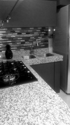 Granito cocina gris