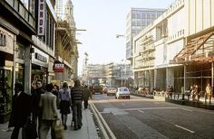 Market Street, 1975 Building the Arndale on the right:) The good old lovely Arndale with all it's pretty yellow tiled panels being put on oh yes!! Now I know what underneath the panels looks like.