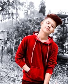 The famous tik tok star riyaz aly. Riyaz aly which was becoming a new star by the tik tok app. The tik tok star riyaz aly. Crush Pics, Cute Boy Photo, Full Body Workout Routine, Chocolate Boys, Swag Boys, Dear Crush, Love Husband Quotes, Photography Poses For Men, Mario