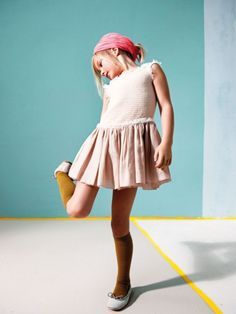 MilK Magazine Fashion Series: Pastel, 35 MilK, Photos: Miep Jukkema, Style: Helen Lahalle, Set design: Frank Visser (480×640)