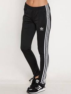 16 Best Outfits images | Outfits, Adidas superstar shoes