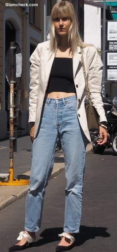 With these Early-Fall Street Style Inspirations and Tips spruce up your casual everyday look without much effort Androgynous Look, Early Fall, Street Style Looks, Fall 2018, Everyday Look, Mom Jeans, Style Inspiration, Fashion Outfits, Casual