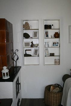Polička na drobnosti / Patina. Bookcase, Gallery Wall, Shelves, Home Decor, Shelving, Decoration Home, Room Decor, Book Shelves, Shelving Units