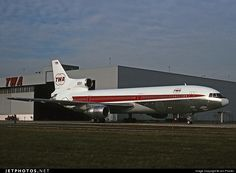 Trans World Airlines (TWA) Lockheed L-1011-100 Tristar N81027 s/n 193B-1107 Chicago O'Hare Int'l Airport ORD Illinois USA - October 30, 1975 Jon Proctor