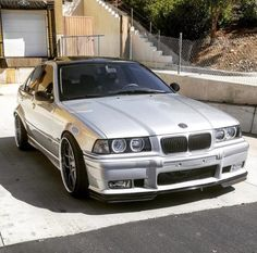 Bmw 3 E46, Bmw 318i, Amazing Cars, Awesome, Nice Cars, Custom Cars, Cars Motorcycles, Dream Cars, Euro