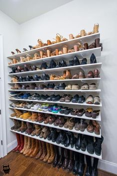 Install adjustable shelving on your bedroom wall for a store-like display of your shoes. Here's 19 shoe storage and organization hacks that are worth trying even if you are on a budget. You will love these DIY shoe organizer ideas! Diy Closet Shelves, Closet Shoe Storage, Diy Shoe Rack, Shoe Racks, Clothing Storage, Shoe Rack On Wall, Shoe Wall, Shelves For Shoes, Diy Shoe Organizer