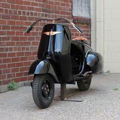 Piaggio #Vespa custom #scooter