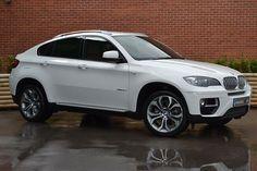 BMW -Alpine White my next car/ truck I love this truck hey boyfriend / fiancé somebody I need this STAT! Bmw M4, 3 Bmw, Bmw Z4 Roadster, Bmw X6 White, My Dream Car, Dream Cars, Bmw 5 Touring, Automobile, Alpine White