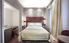 -> Romantic Boutique Hotel in Paris 8th | Photo Gallery