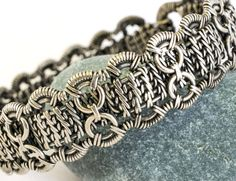 Hey, I found this really awesome Etsy listing at https://www.etsy.com/ru/listing/512605187/wire-wrapped-silver-bracelet-free