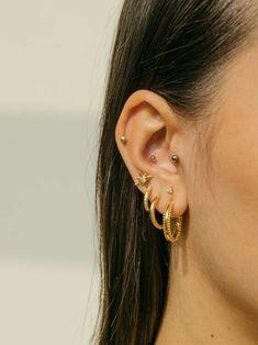 50 Most Popular Ear Cartilage Ring Set 2020 - Bijoux Piercing Septum, Innenohr Piercing, Spiderbite Piercings, Pretty Ear Piercings, Peircings, Ear Piercing Names, Bellybutton Piercings, Ear Jewelry, Cute Jewelry