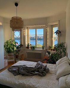 Room Ideas Bedroom, Bedroom Decor, Bedroom Signs, Bedroom Inspo, Bedroom Shelves, Quirky Bedroom, Bedroom Rustic, Bed Room, Aesthetic Room Decor