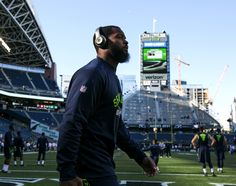 Seahawks Michael Bennett on Colin Kaepernick: I support him and all the stuff hes doing
