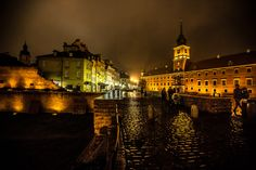 warsaw poland easterneurope oldtown castlesquare cobblestone reconstruction nighttime nightphotography
