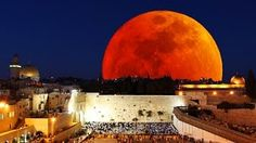 http://www.levichek.net/2014/10/blood-moon-returns-and-this-time-its.html