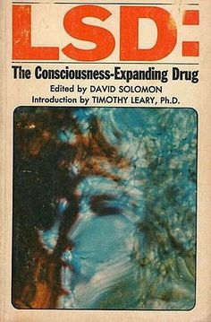 LSD: The Consciousness-Expanding Drug From serious scientific study, to tabloid concern, to psychedelic exploitation.a brief evolution of acid-related cover art in books and magazines. Poster Wall, Poster Prints, Vintage Book Covers, Vintage Books, Vintage Library, Poster Design, Graphic Design Posters, Cool Books, Hippie Art
