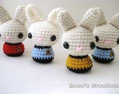 Star Trek Mond Brötchen - Amigurumi Star Trek inspiriert Bunny Kaninchen mit Schlüsselbund oder Ornament-Optionen