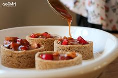 Jablkové tartaletky so slaným karamelom - Coolinári Dessert Recipes, Desserts, How To Make Cake, Waffles, Cereal, Cupcakes, Sweets, Cookies, Breakfast