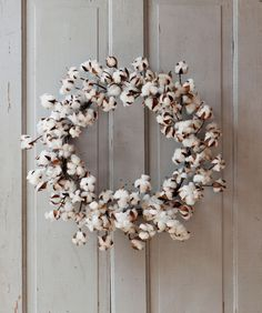 I love this but I'm not going to pay $57 for this, so if you ever find some dried cotton plants, make a wreath! --Large Cotton Wreath, Raw Cotton Wreath, Wreath for Spring