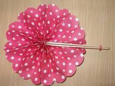 Résultats de recherche d'images pour «Abanicos de papel en rosa»