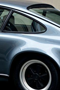 Porsche 911 911 Porsche 911 # # 911 # # to blame her ? Porsche Panamera, Porsche Autos, Porsche Sports Car, Porsche Cars, Porsche Wheels, 911 Turbo S, Porsche 911 Turbo, Suv Bmw, Bmw E28