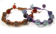 great tutorial for these bracelets.