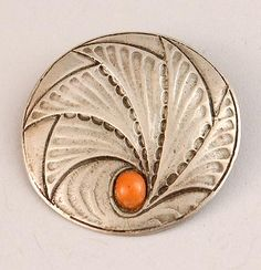 FONS REGGERS 1886-1962 - Hammered silver brooch with red coral design execution Gebr Reggers Amsterdam / the Netherlands 1925-1934