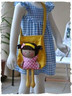 Thought I'd post a picture of My Teeny-Tiny Doll® (MTTD) Chloe and Carry-Me Tote Bag Set I made for a friend of mine. The bag was made using a Michelle's Pattern as a base structure w… Fabric Bags, Fabric Dolls, Rag Dolls, Tiny Dolls, Sewing Dolls, Girls Bags, Doll Crafts, Handmade Bags, Handmade Dolls