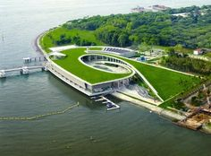 ONE of today's great landmarks in Singapore's water strategy is none other than the Marina Barrage. - See more at: http://ifonlysingaporeans.blogspot.ca/2014/08/building-nation-today.html#sthash.4WOtmr05.dpuf