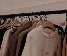 Cream Aesthetic, Autumn Aesthetic, Brown Aesthetic, Aesthetic Colors, Aesthetic Vintage, Aesthetic Photo, Aesthetic Pictures, Aesthetic Clothes, Looks Pinterest