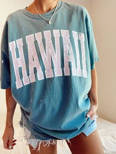 Teen Graphic Tees, Graphic Tee Outfits, Cute Casual Outfits, Cute Summer Outfits For Teens, Cute Summer Shirts, Aesthetic Shirts, Teen Girl Outfits, Shirts For Teens, Cute Tshirts